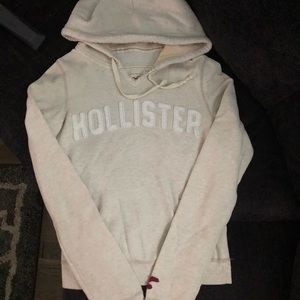 Hollister pull over hoodie